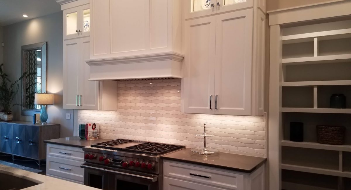 custom kitchen remodeling contractor