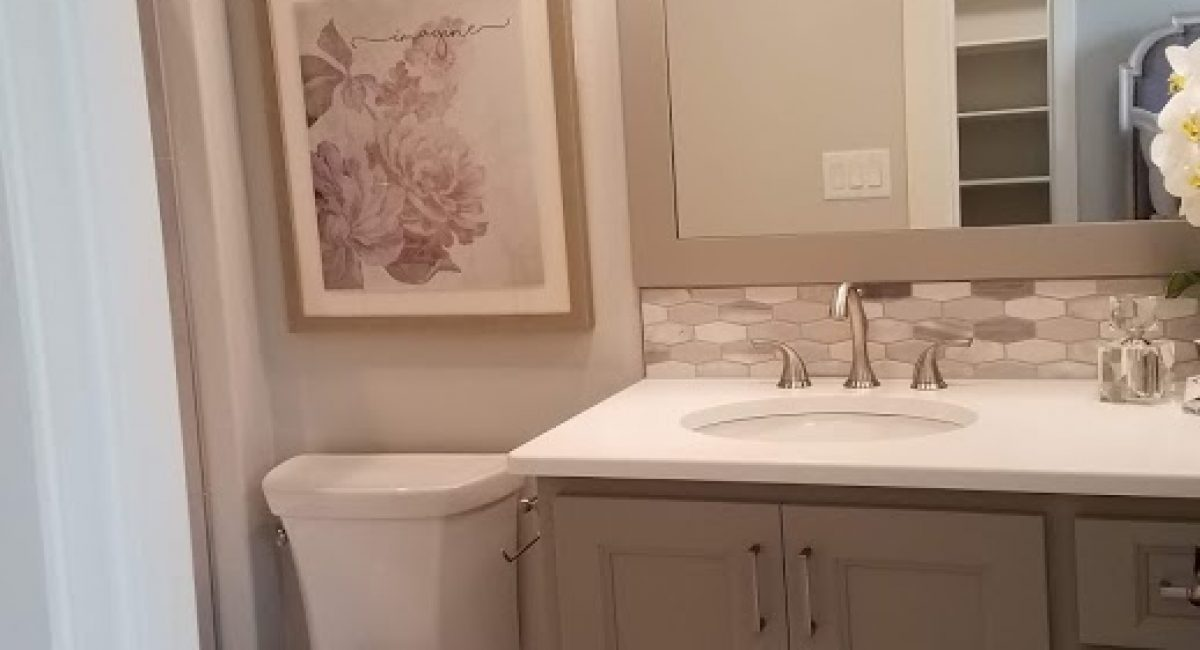bath remodeling contractor